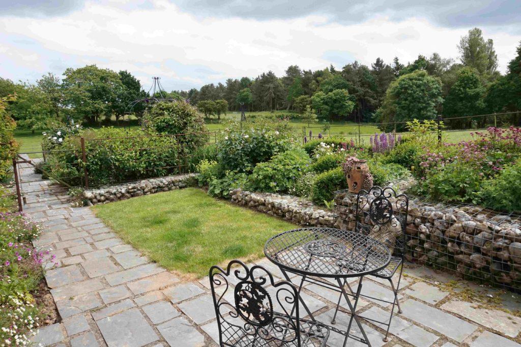 Burrow Cottage Terrace